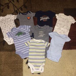8 Carter's preemie Boy Bodysuits